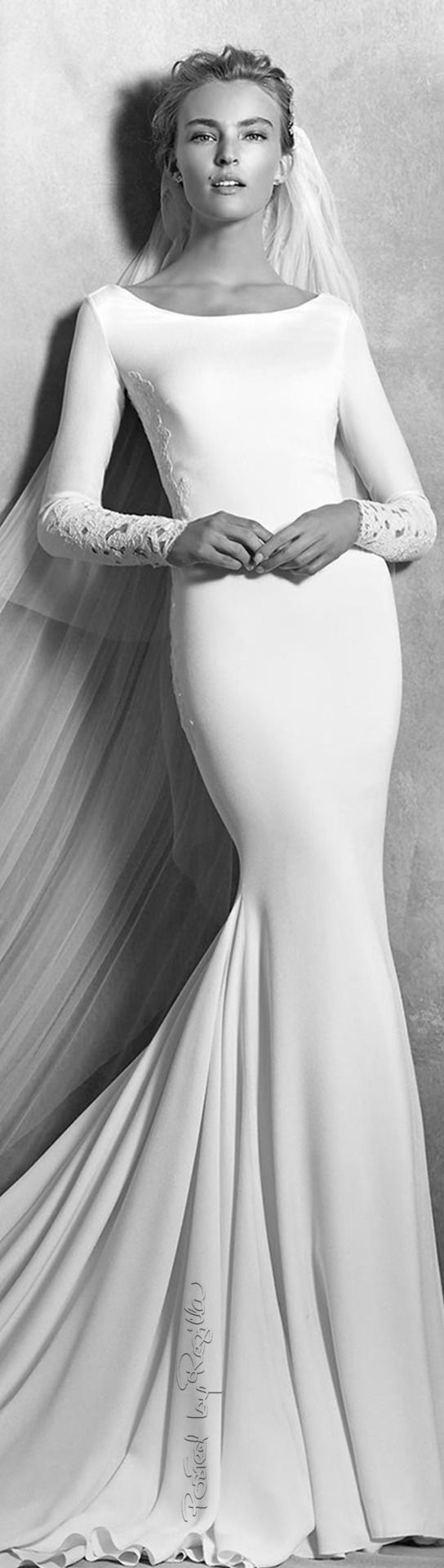 Long sleeve black wedding dresses  Regilla  Una Fiorentina in California  Wedding Dresses Mermaid