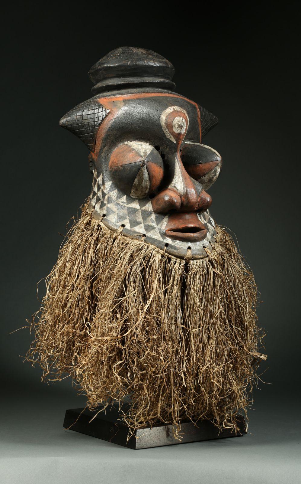 Elite level antique African art gallery, San Francisco Bay