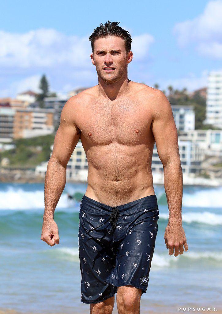 Nude Male Celebs: Pitbull shirtless