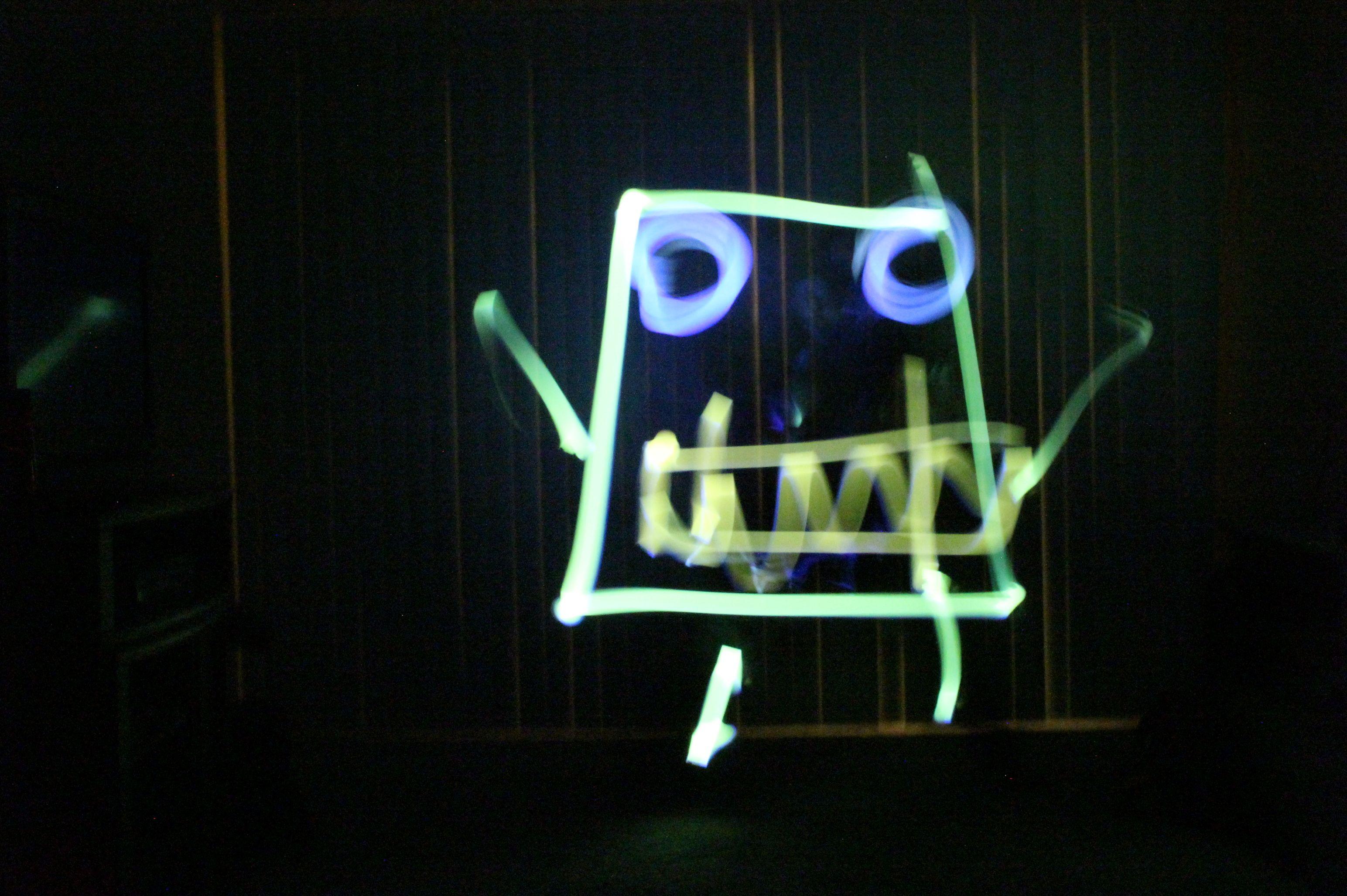 Frankendoodle (Spongebob)- light painting