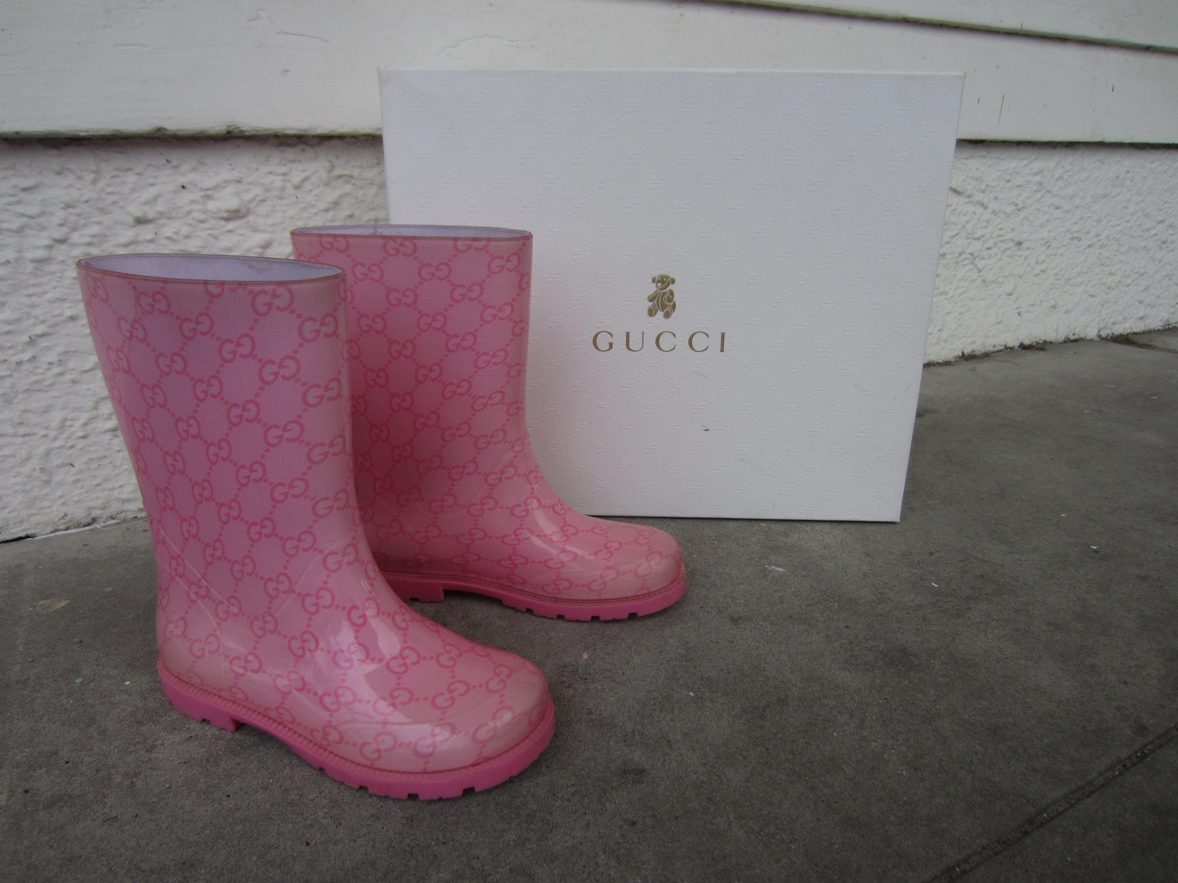 girls rain boots in store