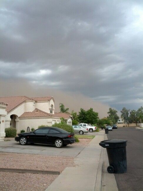 Haboob coming over Mesa, taken from Jenny's. July-2013