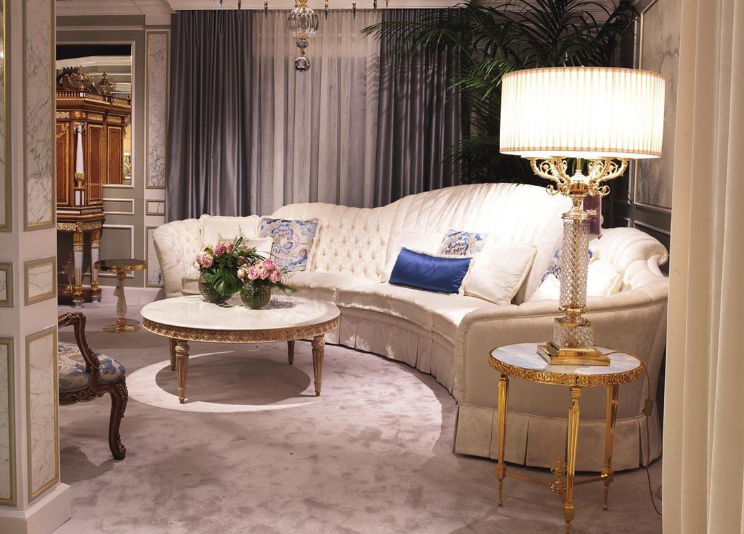Italian Furniture Online On Instagram Italianfurnitureonline Riyadh Kazakhstan Nyc Mi Bed In Living Room Luxury Furniture Luxury Interior Design Kitchen