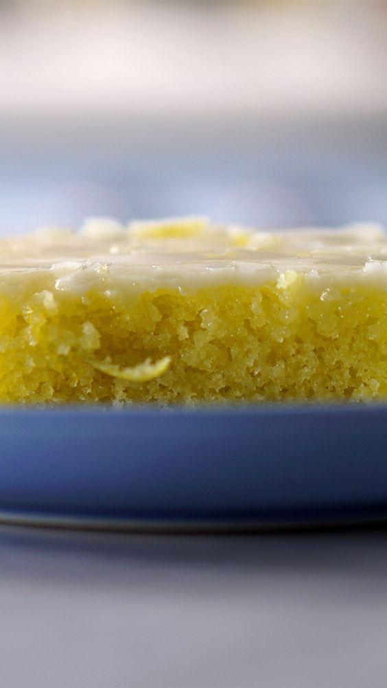 Você vai viciar nessa receita fofinha e gostosa de brownie de limão!