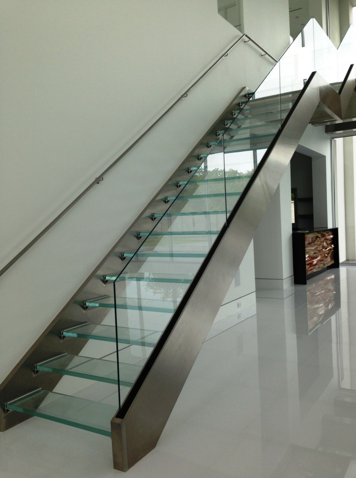 Merveilleux 6 Truly Remarkable Things About Glass Floors And Stairs ...