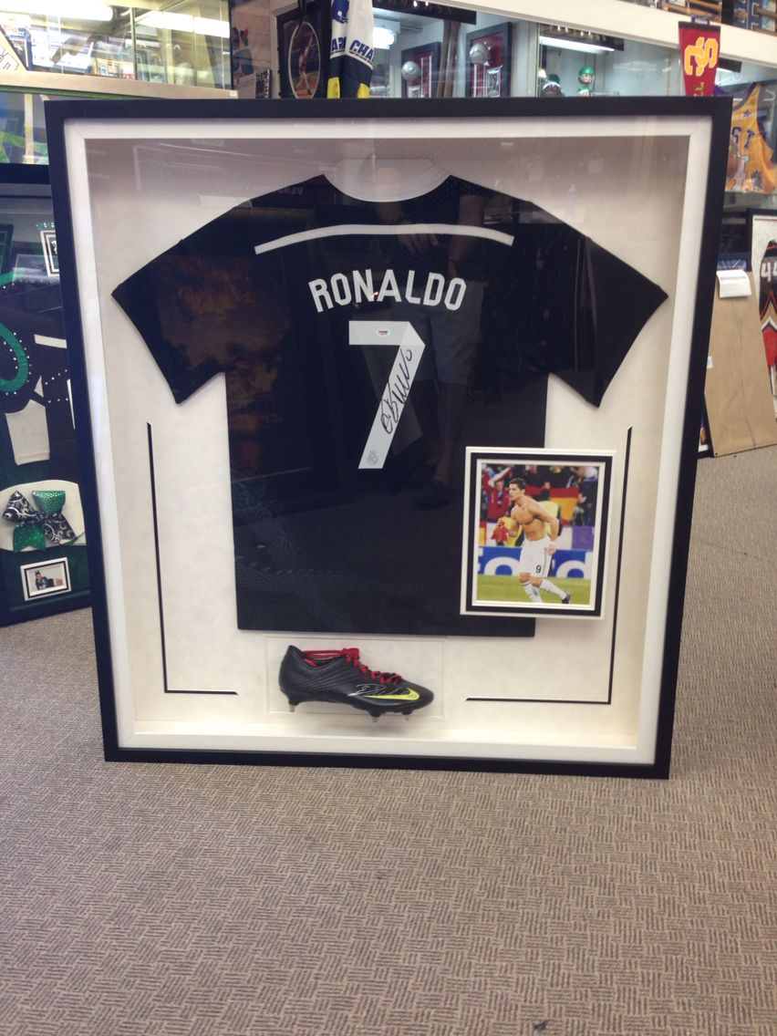 on sale de5f2 e31b5 RONALDO autograph jersey shoe photo display | Creative ...