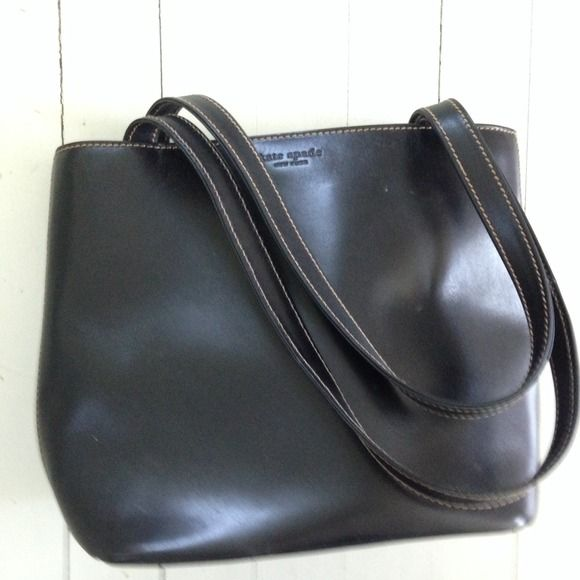Kate spade leather tote Kate spade leather tote in brown barely used snap flap kate spade Bags Totes