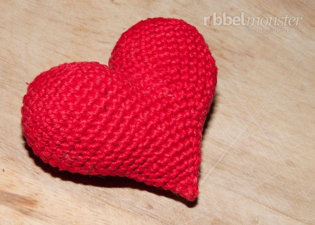 """Amigurumi - """"Herzlichstes"""" Herz häkeln - Amigurumi Objekte häkeln, Muttertagsherz häkeln, Valentinstagsherz häkeln"""