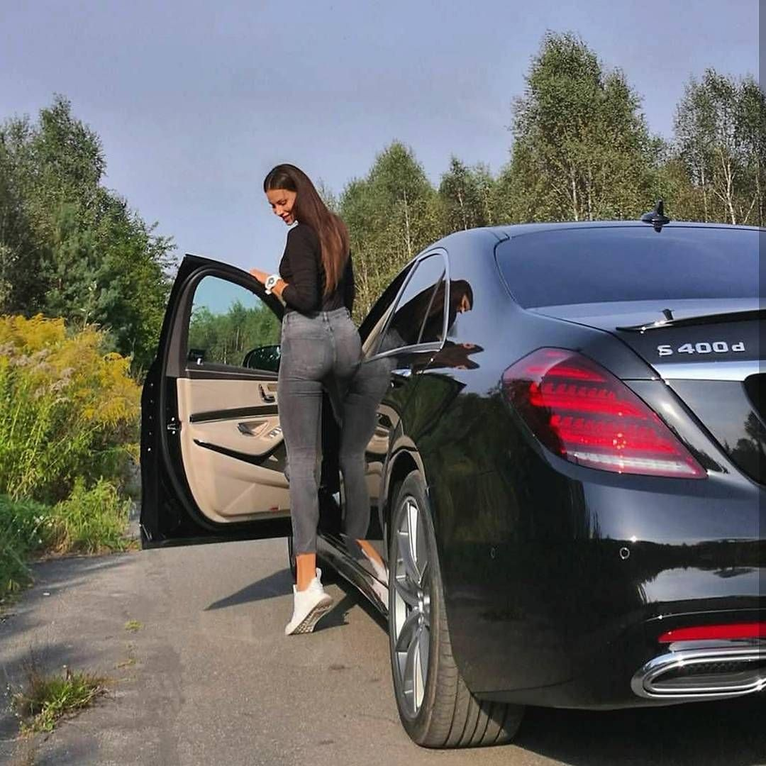 Rich kids of albania mercedes benz s class for Mercedes benz albania