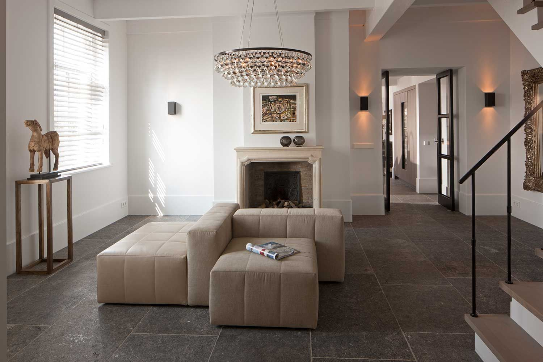 Decorative Wall Tiles For Living Room Captivating Landelijk Wonen Magazine Binnenkijken In Een Oude Vlasboerderij Inspiration Design