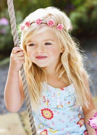 Coiffure petite fille 50 modèles pour être la plus jolie