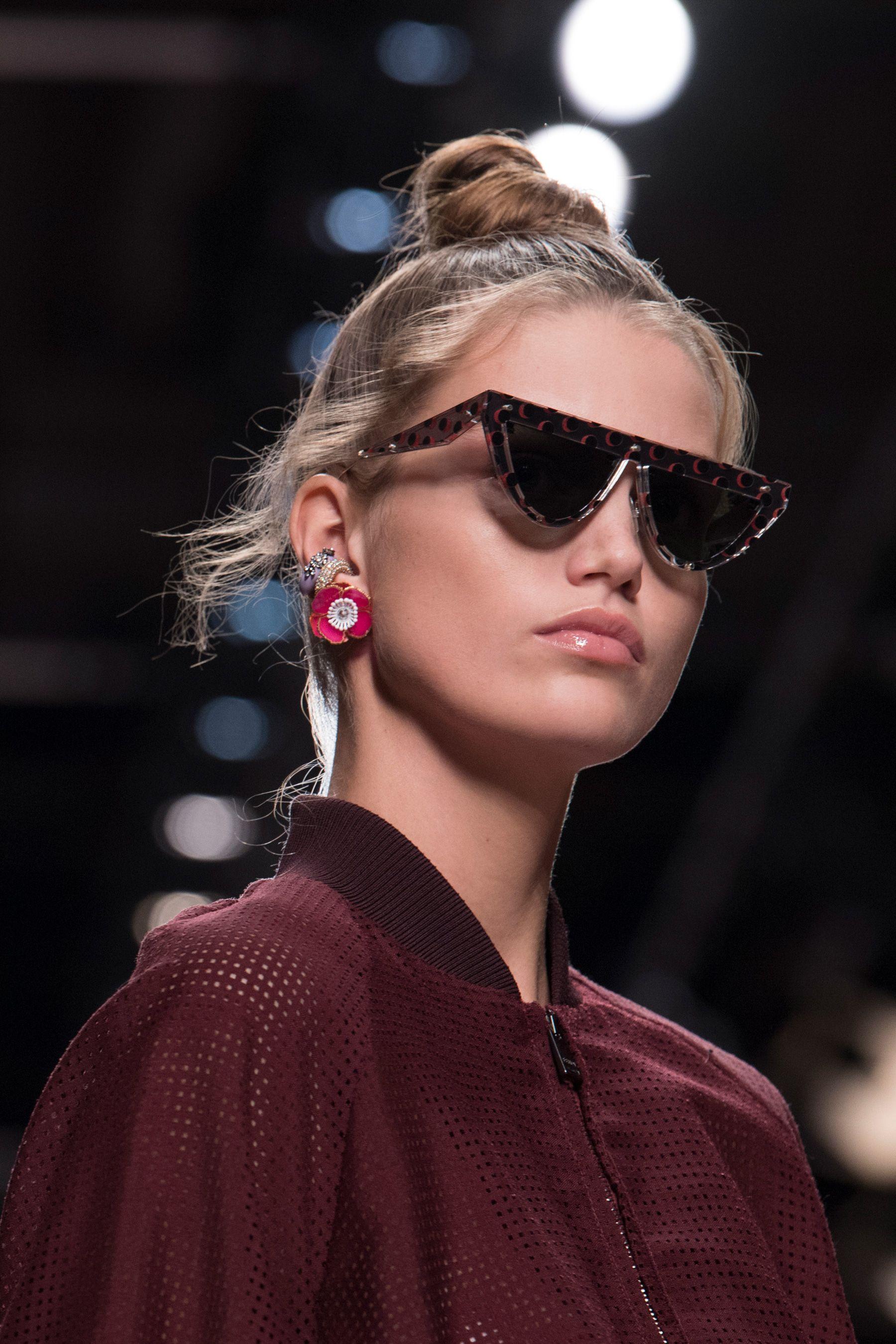 291e4e1ea5 Fendi Bis Spring 2019 Fashion Show Details Cont   Fendi   Fashion ...
