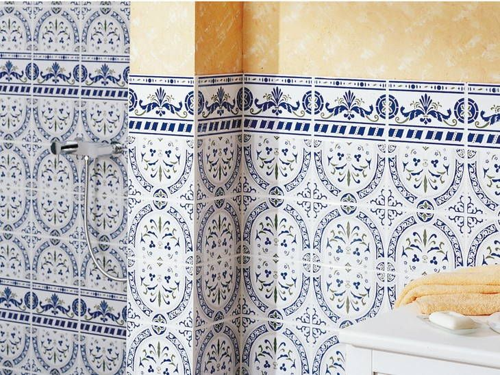 Carrelage mural en fa ence avec ambiance m diterran enne - Faience pour salle de bain leroy merlin ...