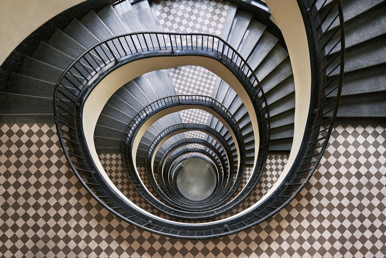 54717e8324 Galeria de Escadas Art Déco de Budapeste pelas lentes de Balint Alovits - 14
