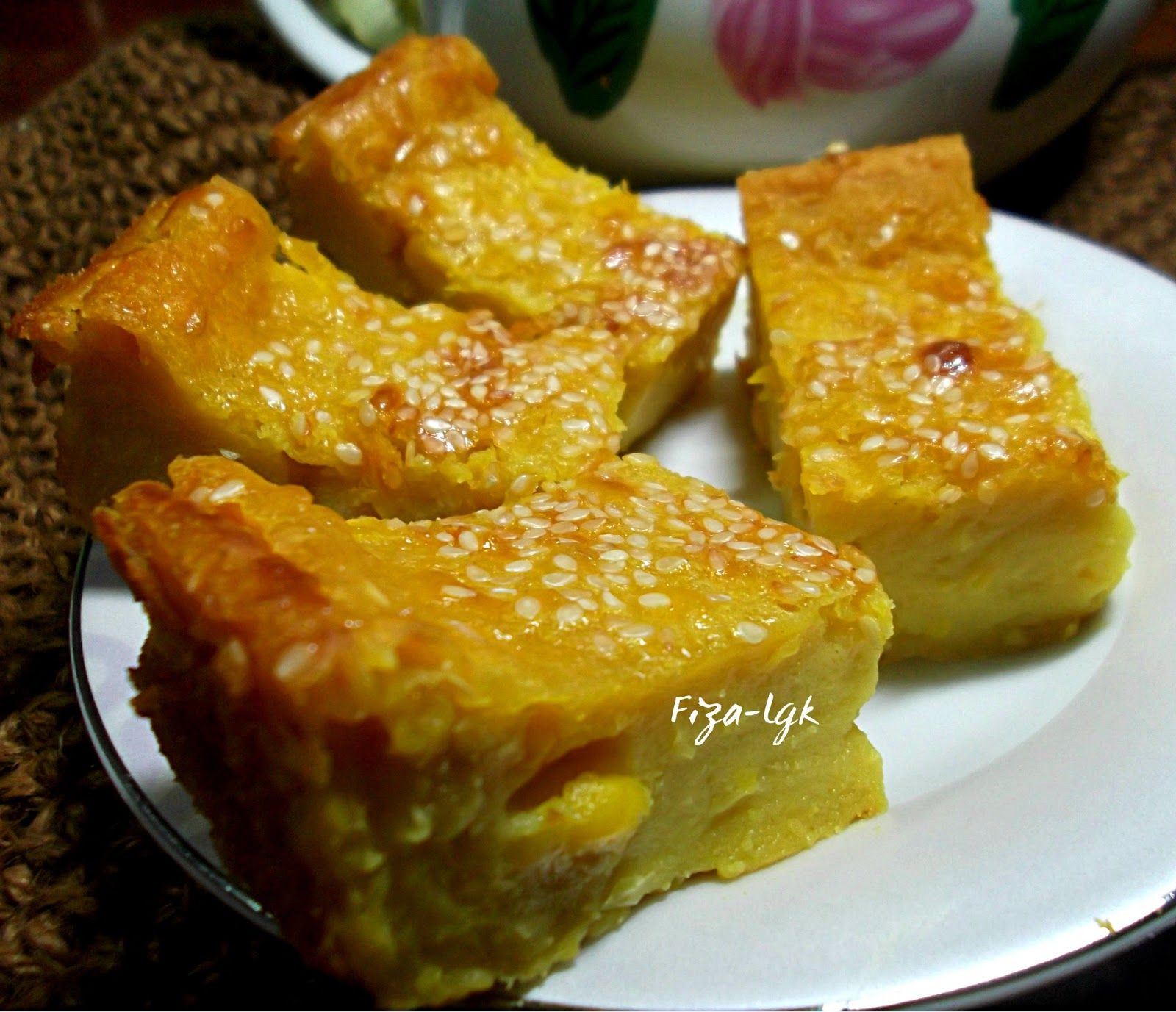 Pin by AngeLica Tan on Pastries (With images) Malay food