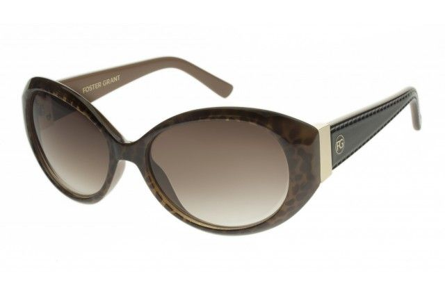 The Iman, from the Foster Grant Signature collection, combines modern technology with a retrospective style. The frames have a subtle tortoise pattern below the surface providing an understated fashion and modest approach. Also with gold vertical temple treatments transitioning to dark temples, these beautiful sunglasses can be worn with any wardrobe. All Foster Grant sunglasses provide 100% UVA and UVB protection for your eyes.
