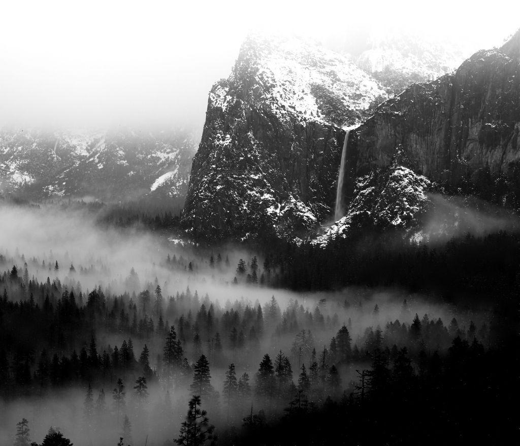 https://flic.kr/p/9AnQag | Bridalveil Falls and Yosemite Valley Mist