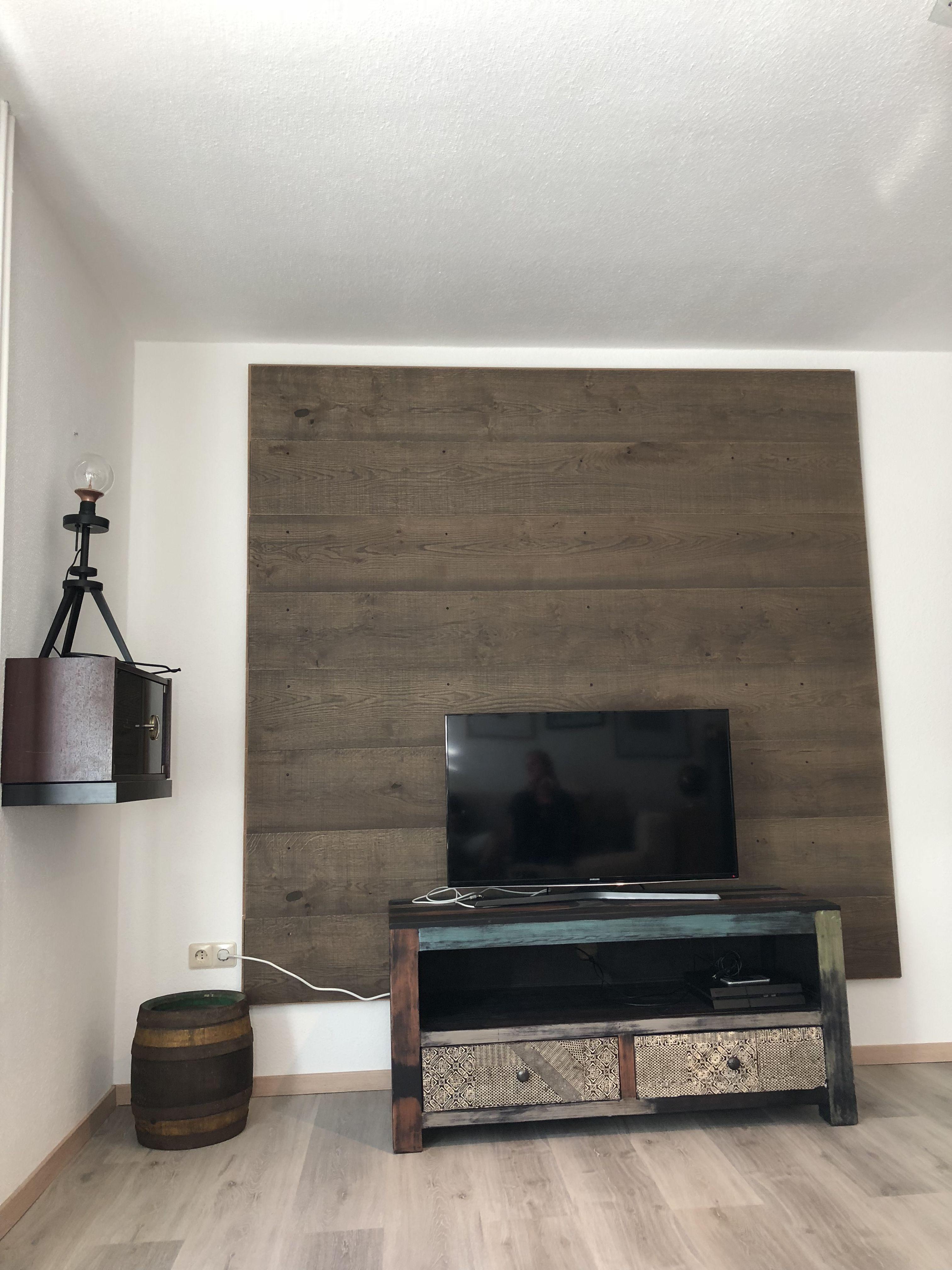 #Wallart #Wandverkleidung #Holzwand #Wallart #Dyi #Selfmade #Parkett #Unterkonstruktion