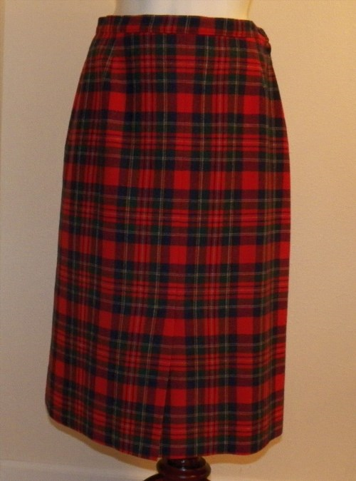 16.40$  Buy now - http://vifmt.justgood.pw/vig/item.php?t=fupgzr19279 - Pendleton Plaid Wool Skirt Size 10 Red/Blue/Green Lined Below-Knee Slit VTG 16.40$