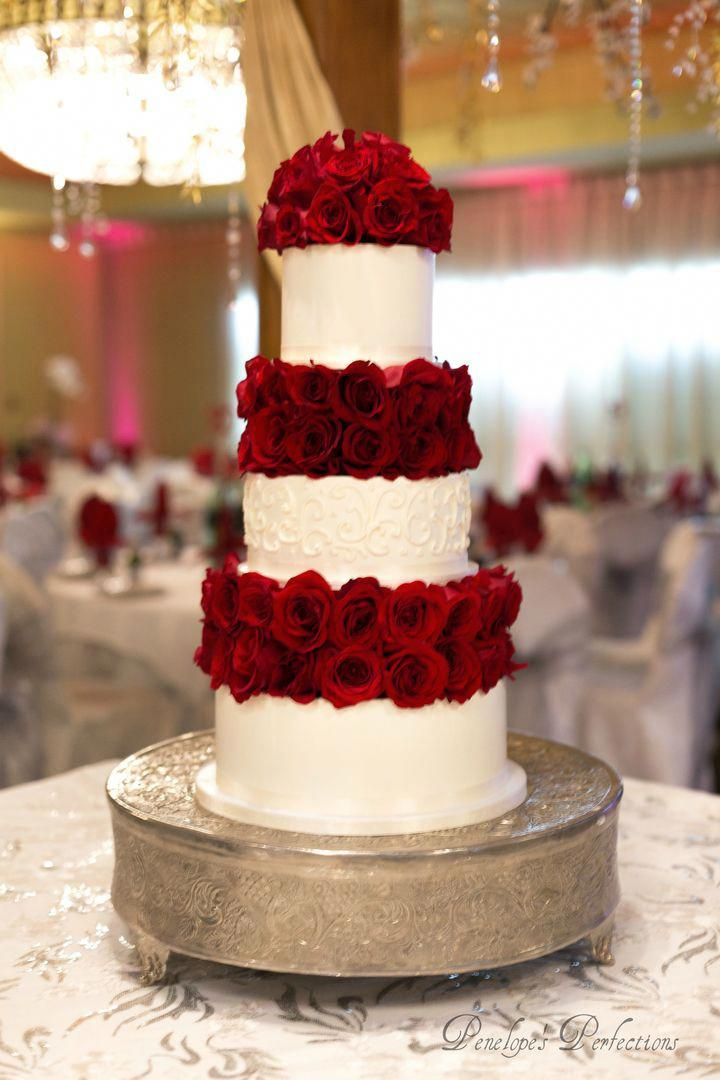 Dried fruit cake | Recipe in 2020 | Red rose wedding cake, Wedding cake roses, Cake structure