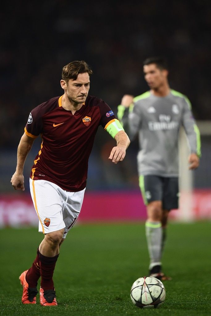 Roma's forward Francesco Totti kicks the ball during the UEFA Champions League football match AS Roma vs Real Madrid on Frebruary 17, 2016 at the Olympic stadium in Rome.