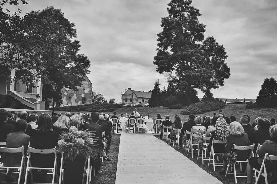 #outside wedding