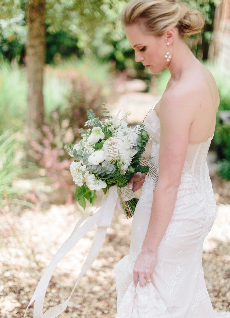 Rustic chic outdoor wedding with elegant details from the de