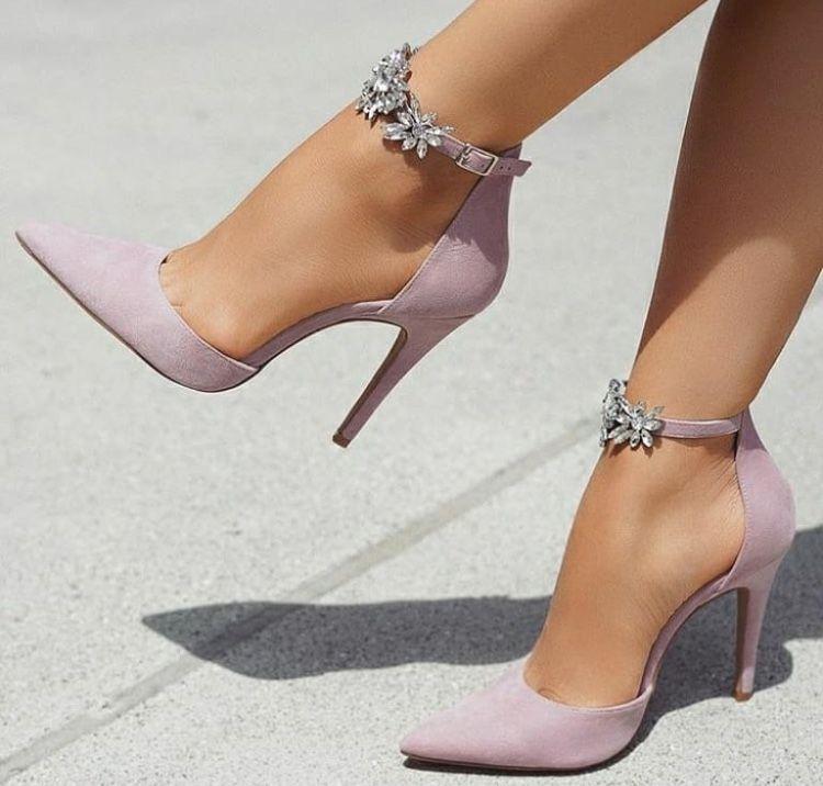 c4cad58f892 Sergio Rossi Stiletto 2018  fashion  fashion  vanessacrestto  shoes  style