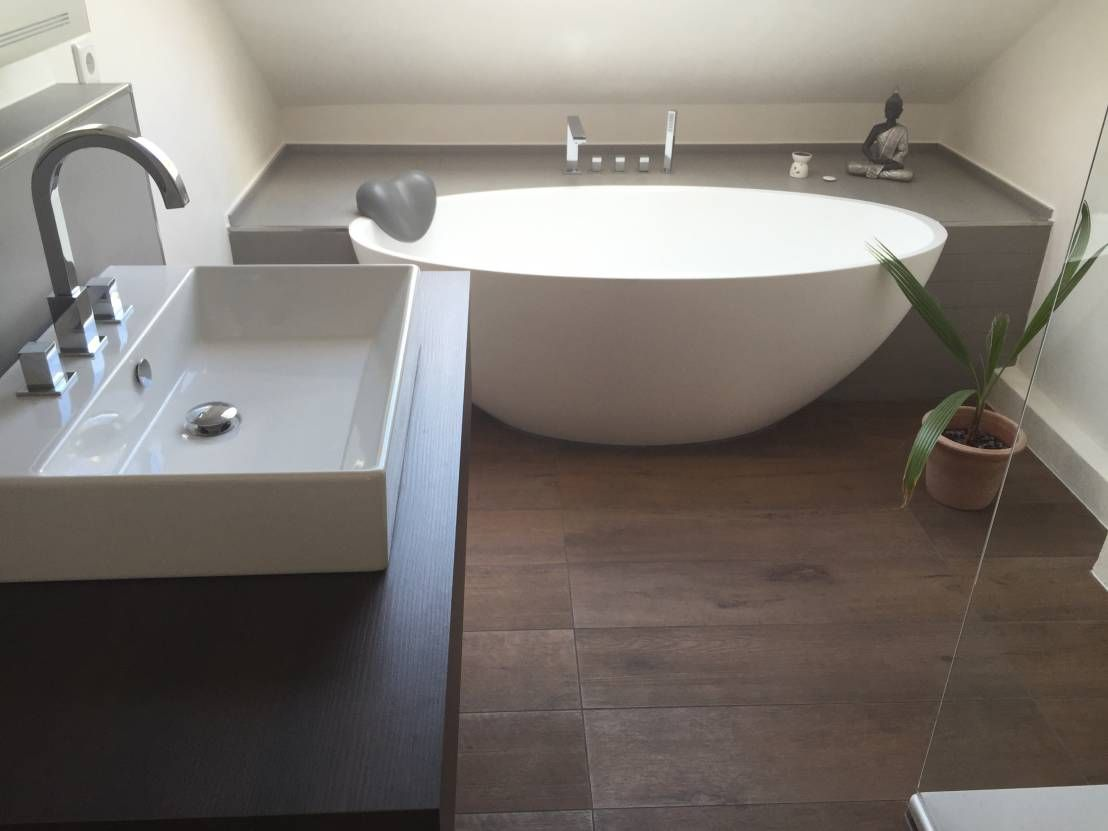Einbau dokumentation eines badeloft kunden anhand der freistehenden badewanne bw 04 moderne