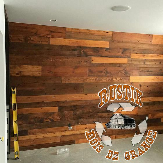 Rustik bois de grange et ancien mobiliers et d corations rustique murs de planches id es - Planche bois deco ...