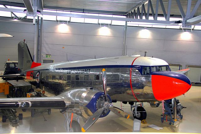 Luftforsvaret Douglas C-47
