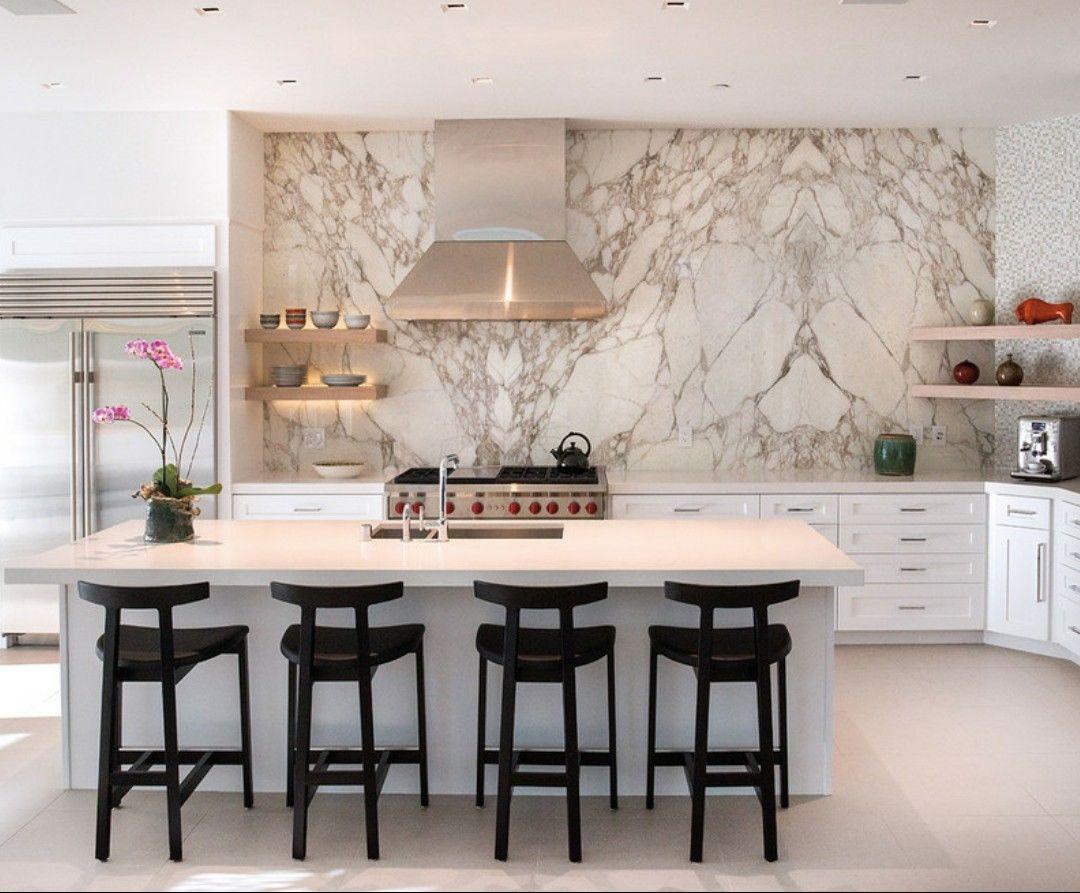 Cozinha Moderna Com Lousa De M Rmore E Azulejos Em Mosaico Puro