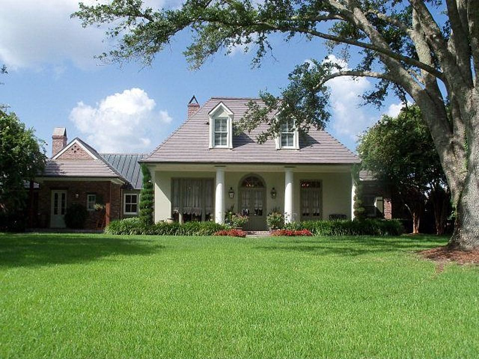 4111 Highway 311 Houma La 70360 Zillow House Plans House Styles Zillow
