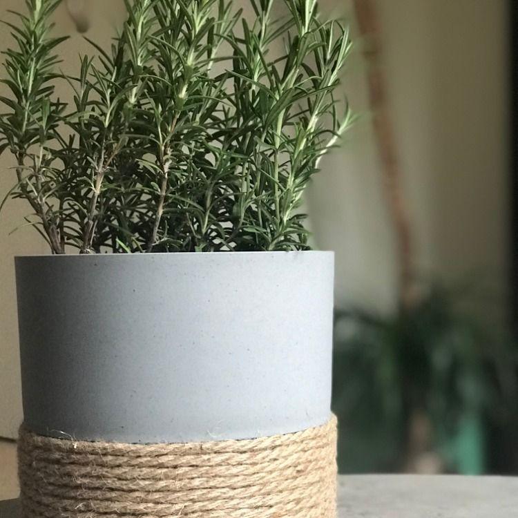 Grey recycled plastic flower pot in 2020 plastic flower