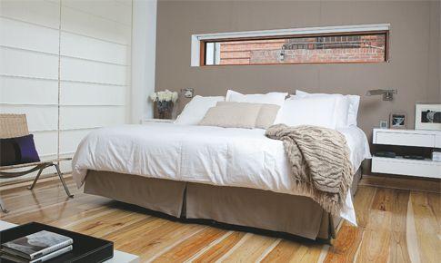 los espejos de los dormitorios que estn frente a la cama son la causa principal