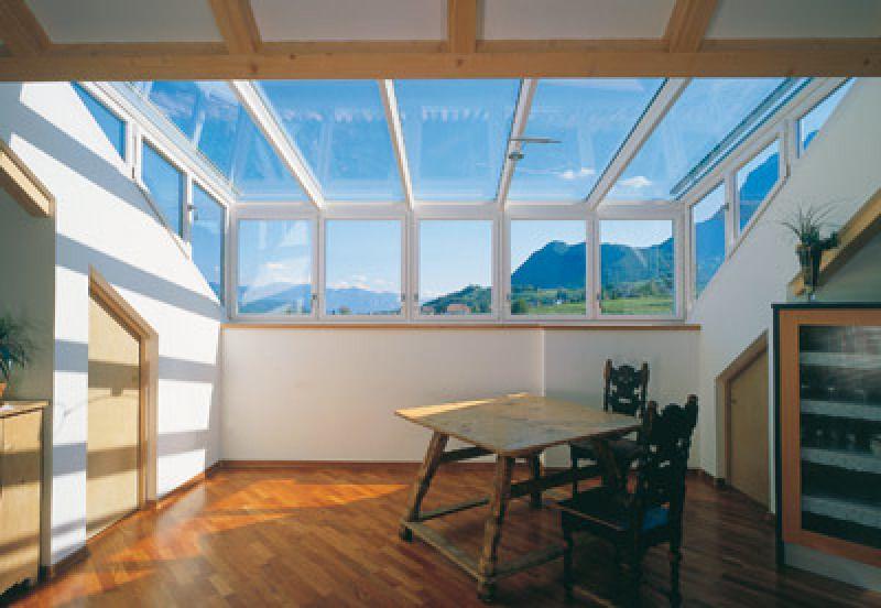 Grundkonstruktion Der Finstral Dachgauben Besteht Aus Verschweißten Stahlprofilen Wettergeschützt Auf Inneren Seite