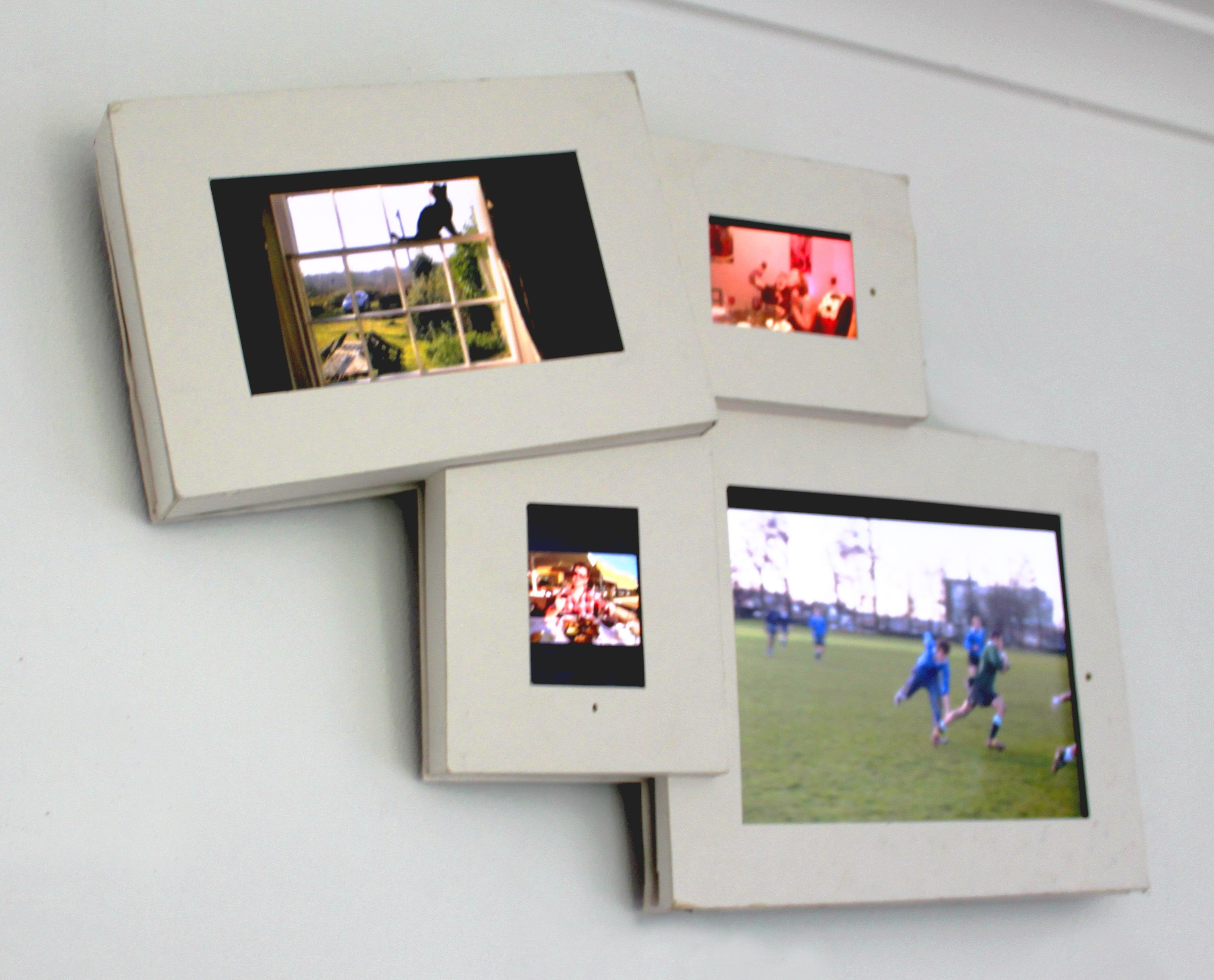 Model of a multi screen digital photo frame that I am designing for ...