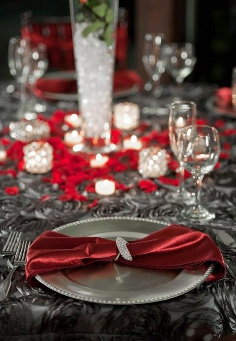 Red And Grey Wallpaper: 60 Striking Red And Grey Wedding Ideas