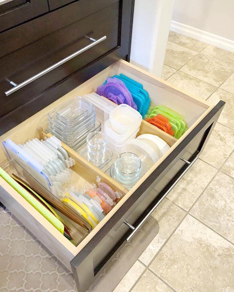pin by jodi belew on cocina cupboards organization tupperware organizing kitchen drawer on kitchen organization tupperware id=61689