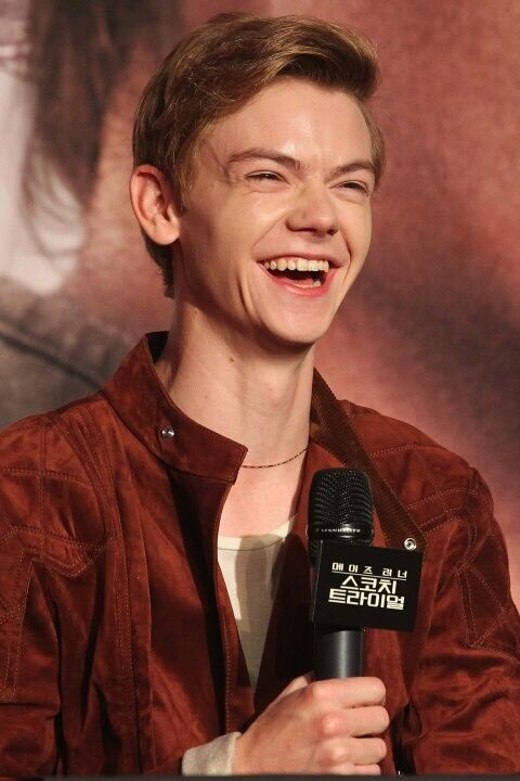 Image in 🌚Thomas brodie sangster😘💕 collection by n