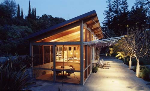 Palo Alto Pool House Design by Minday Architects Exterior