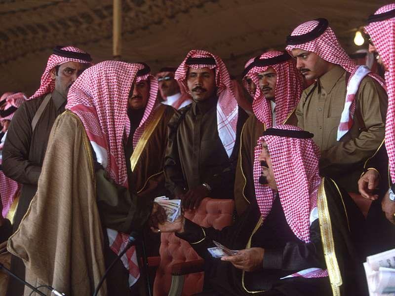 2017 وفاة رئيس البيعة السعودية الأمير مشعل بن عبدالعزيز Reza Getty Images