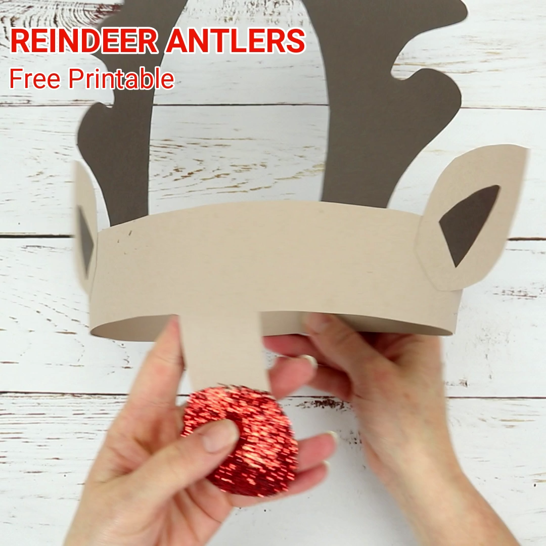 FREE PRINTABLE REINDEER ANTLERS HAT - Make your own gorgeous and fun Reindeer Antler Headband. Print this reindeer craft onto white card to colour in or trace them straight onto coloured card. An easy Christmas craft for kids! #kidscraftroom #freeprintables #printables #christmascrafts #reindeercrafts #reindeer #rudolf #christmasforkids #christmashats #reindeerhat #antlers #rudolf #christmascraftsforkids  #printablecrafts #christmasideas
