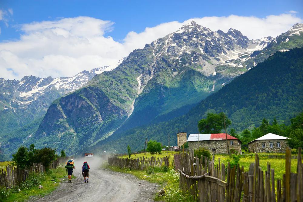 Features - Mulakhi valley, Caucasus mountain