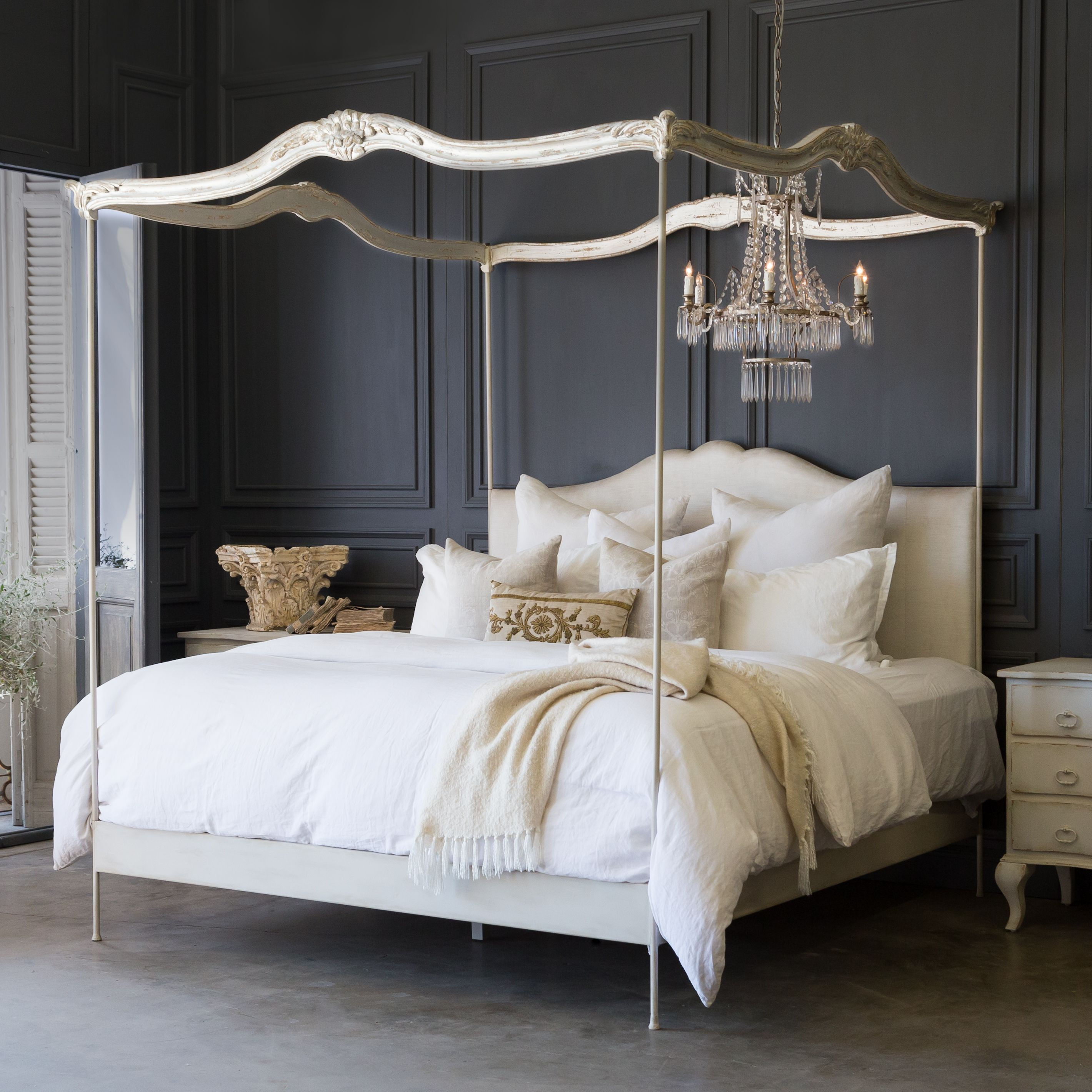 Eloquence Aria King Canopy Bed With Gracefully Delicate Posts Topped With Beautifully Carved Wood Hand