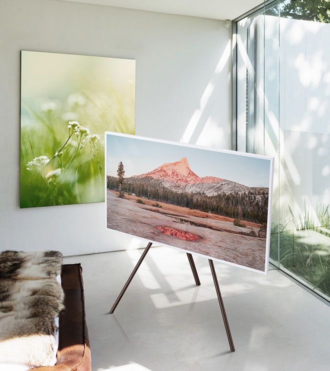 The art TV has an easel option instead of wall-mounting.   Lounge ...