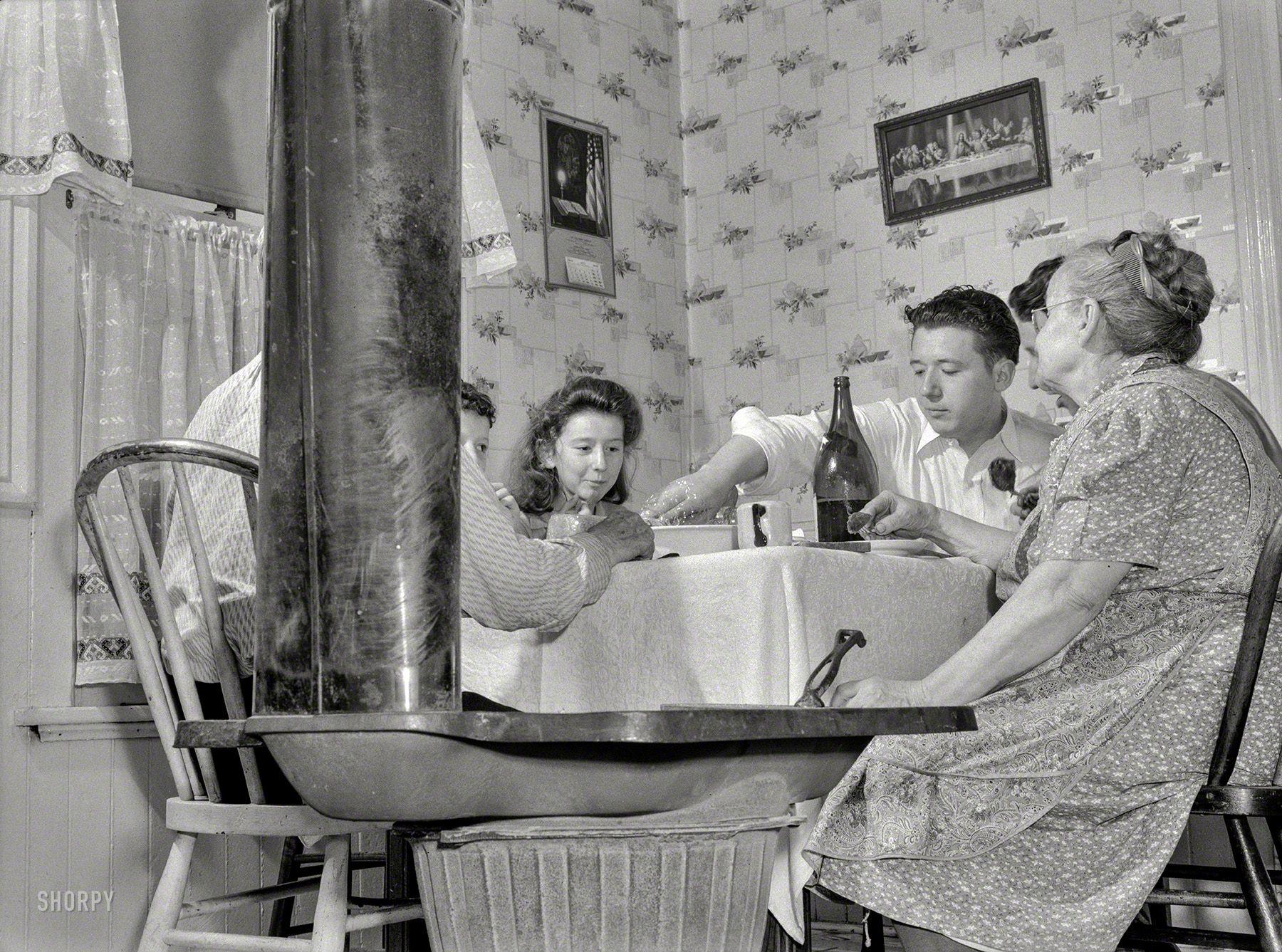 Shorpy Historic Picture Archive :: Check Coolant: 1939