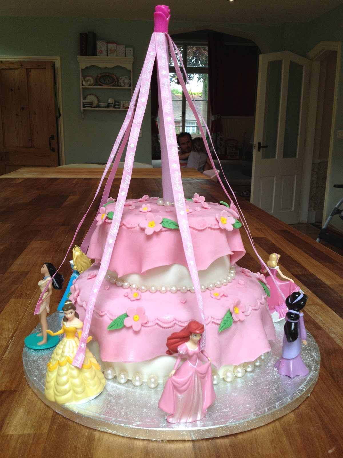 princess cakes for little girls Princess Birthday Cakes Cake