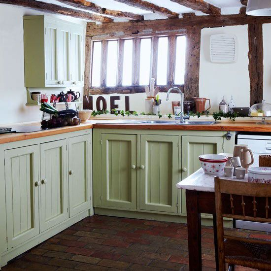small country kitchen style   Country Kitchen Designs Small Spaces 450x450 Country Kitchen Designs ...