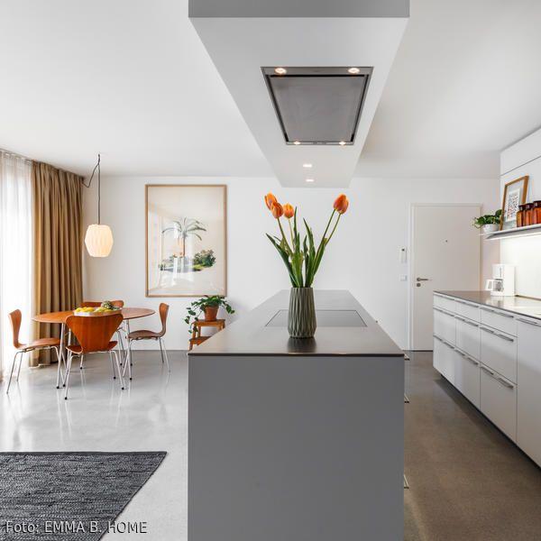Moderne Wohnküche mit Vintage Essplatz - moderne dunstabzugshauben küche